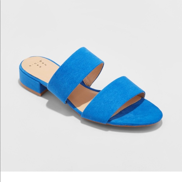 f789413d74a6 NWT Kyrielle Slide Blue Sandals